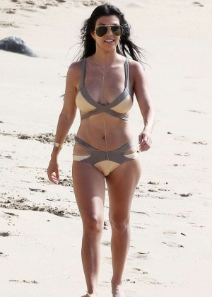 Kourtney Kardashian in Bikini -03