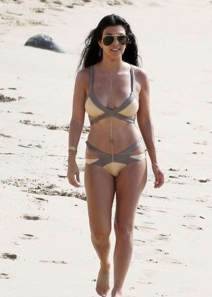 Kourtney Kardashian in Bikini -08