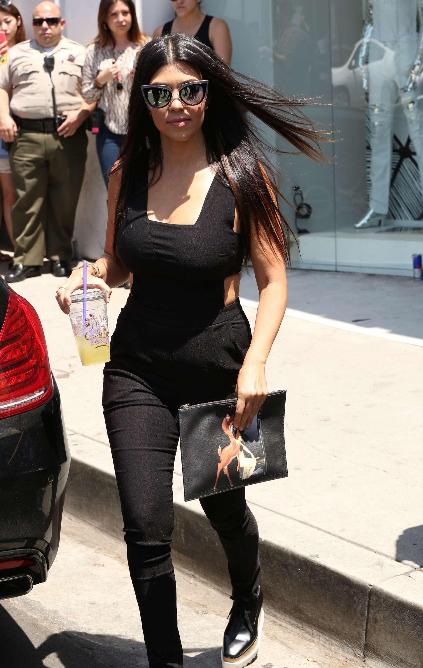 Kourtney Kardashian 2015 : Kourtney Kardashian Booty in Pants -16