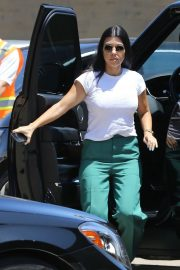 Kourtney Kardashian in Green Pants - Arrives at Nobu in Malibu