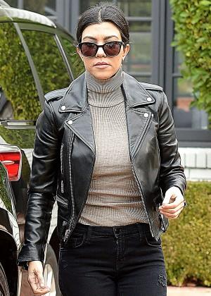 Kourtney Kardashian In Leather Jacket And Skinny Jeans 18 Gotceleb