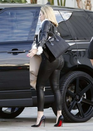 Kourtney Kardashian in Tight Pants -09