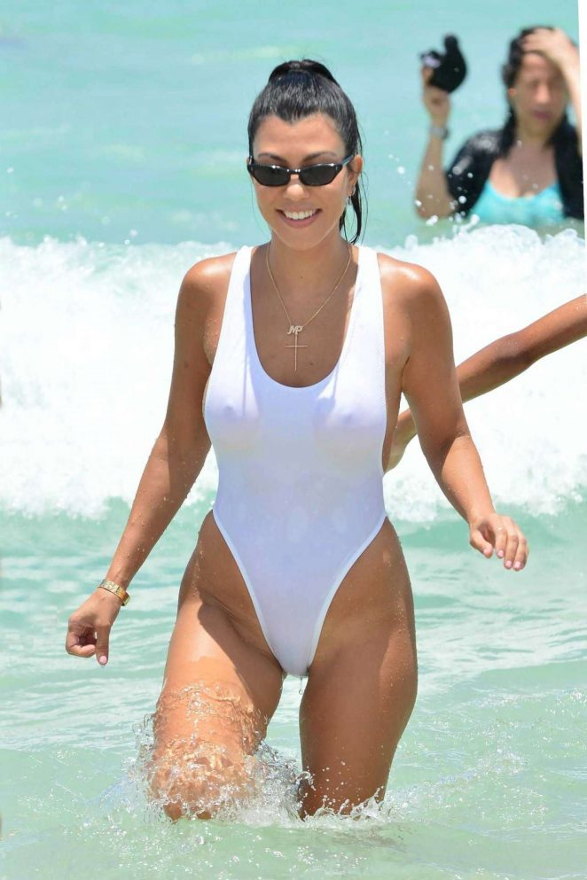 Lily Moulton in White Bikini on the beach in Miami Pic 7 of 35