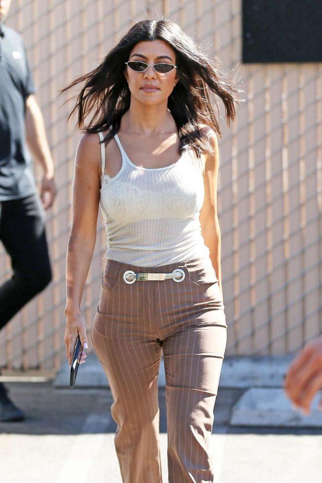 Kourtney Kardashian - Out in Los Angeles