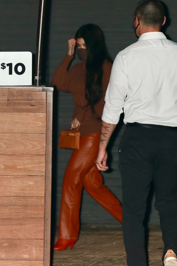 Kourtney Kardashian - Out to dinner at Nobu in Malibu