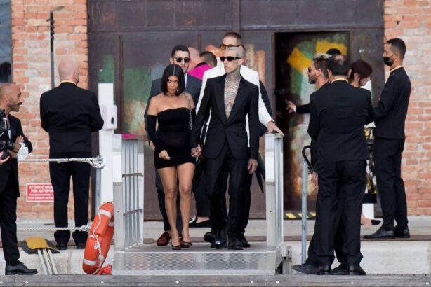 Kourtney Kardashian - Seen at a DandG event in Venice