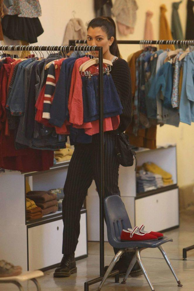 Kourtney Kardashian: Shopping in West Hollywood -05