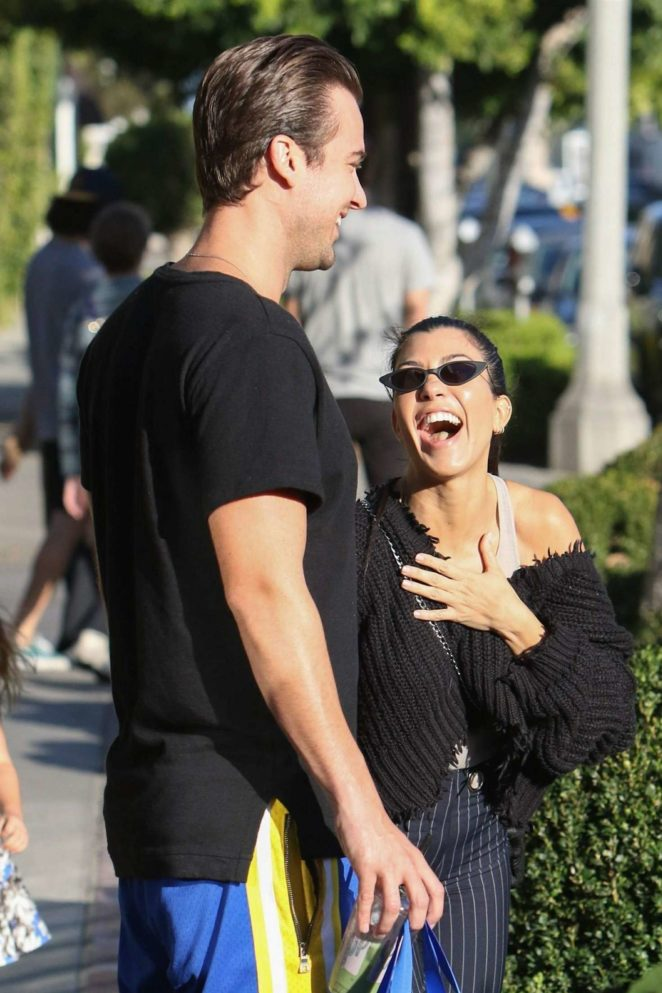 Kourtney Kardashian: Shopping in West Hollywood -17
