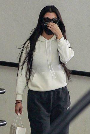 Kourtney Kardashian - Visits a dermatology office in Beverly Hills