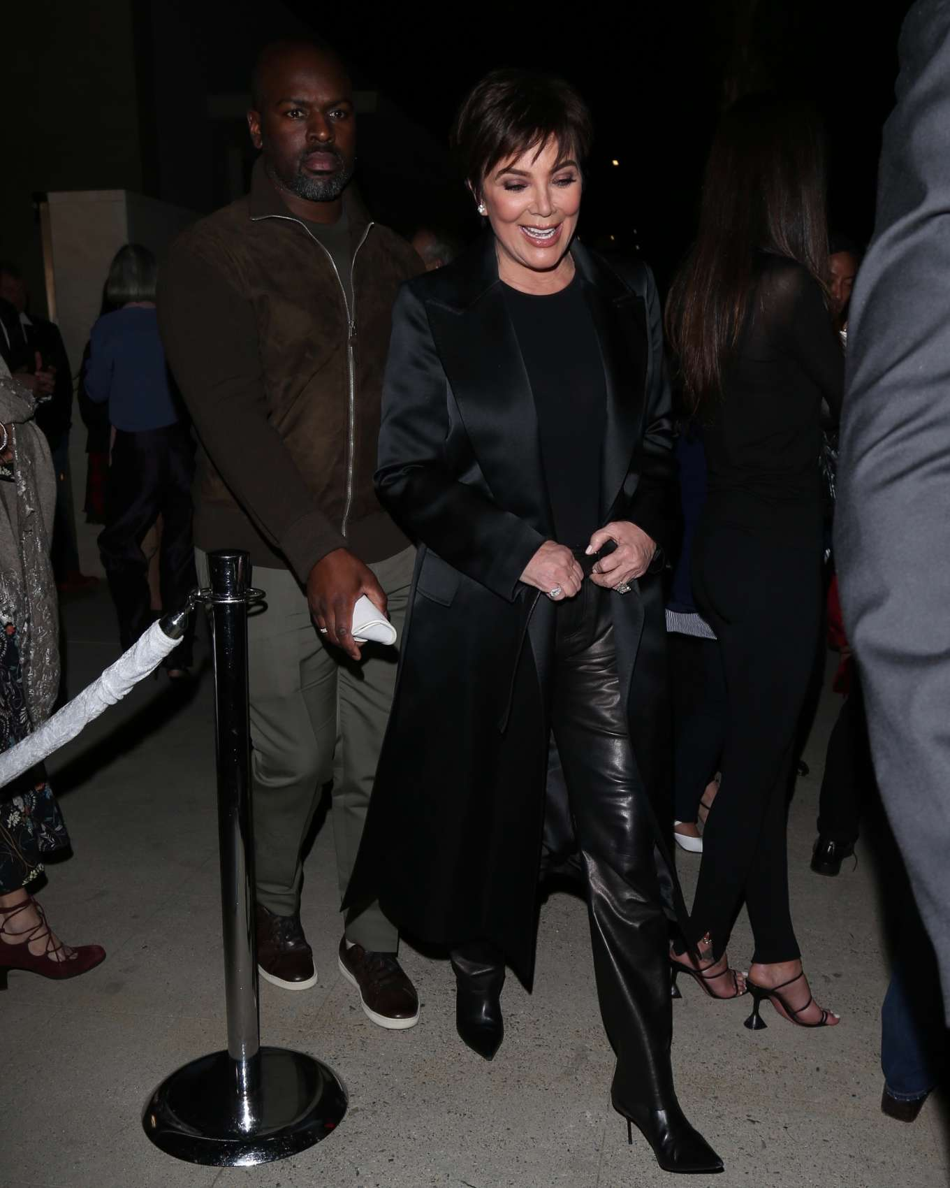 Kris Jenner 2020 : Kris Jenner arrives to Tom Ford Fashion show in Los Angeles-04