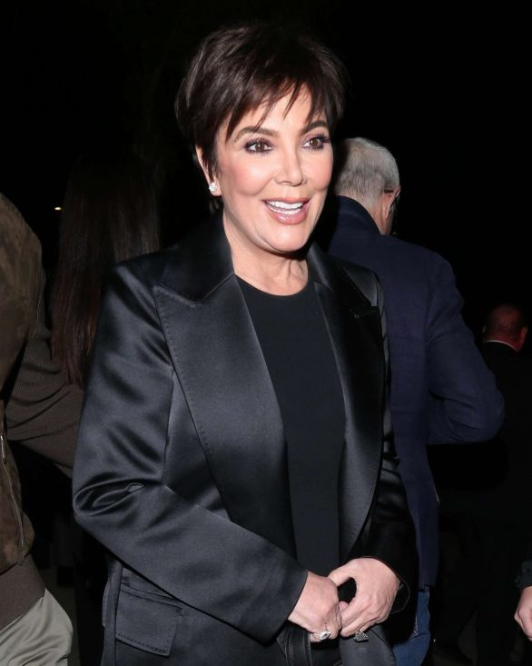 Kris Jenner arrives to Tom Ford Fashion show in Los Angeles