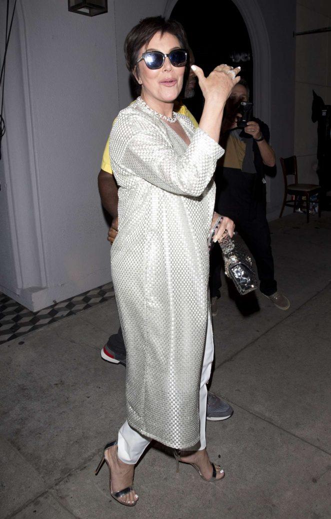 Kris Jenner - Leaving dinner at Craigs Restaurant in West Hollywood