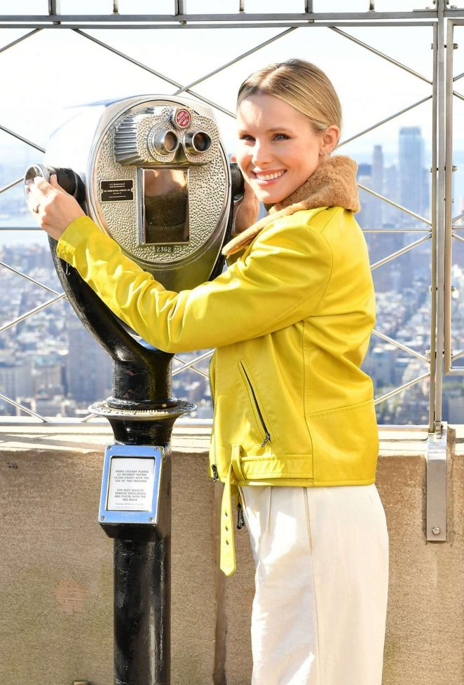 Kristen Bell at Empire State Building in NYC