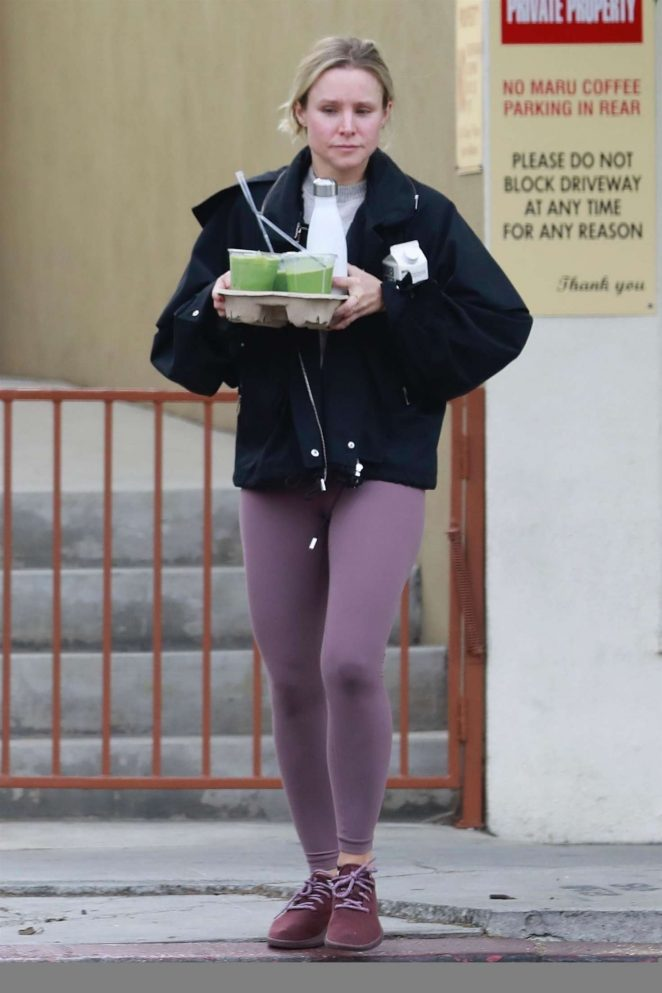 Kristen Bell – Hits the gym in Los Feliz