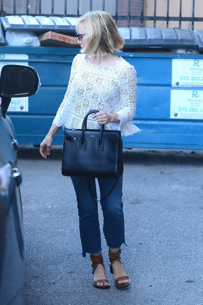 Kristen Bell - Leaves a Store in Beverly Hills