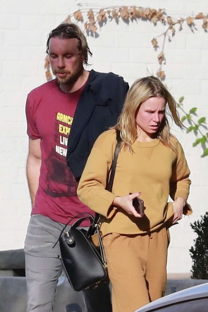 Kristen Bell - Out in Los Angeles