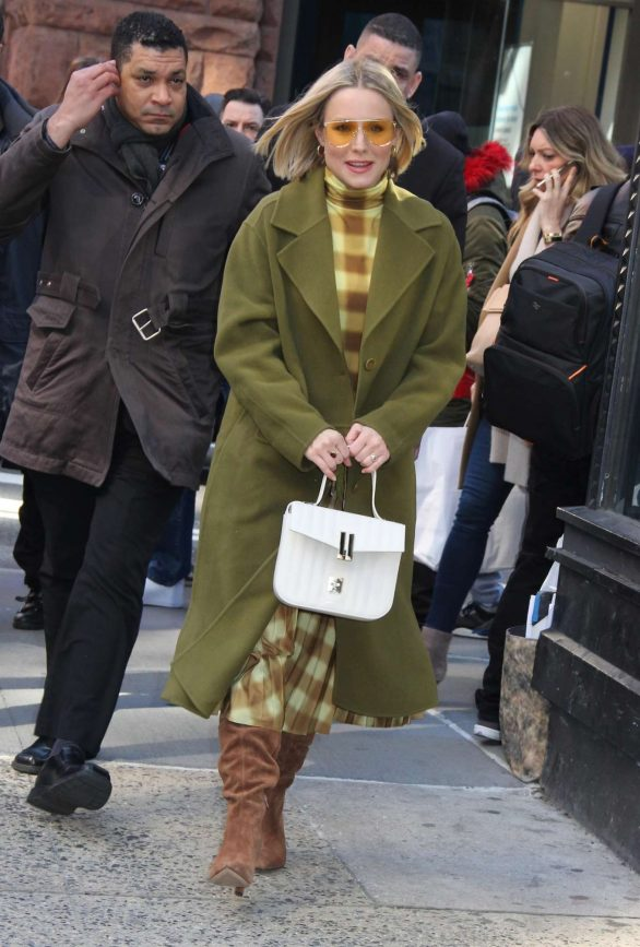 Kristen Bell - Promoting 'Hello Bello' in New York City