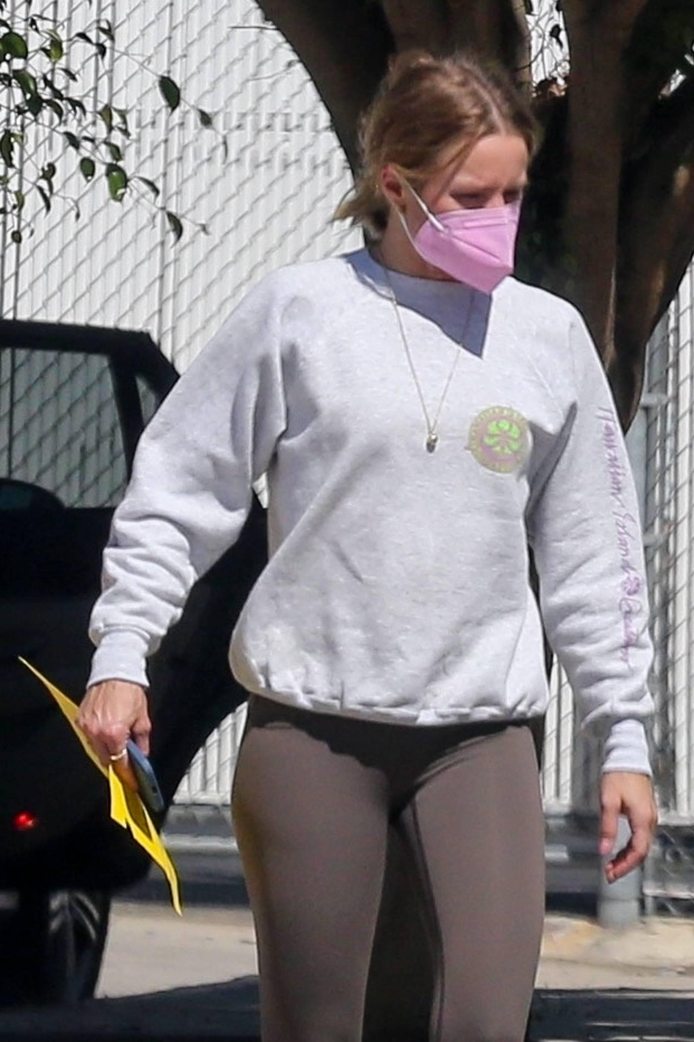 Kristen Bell - Seen around Los Feliz