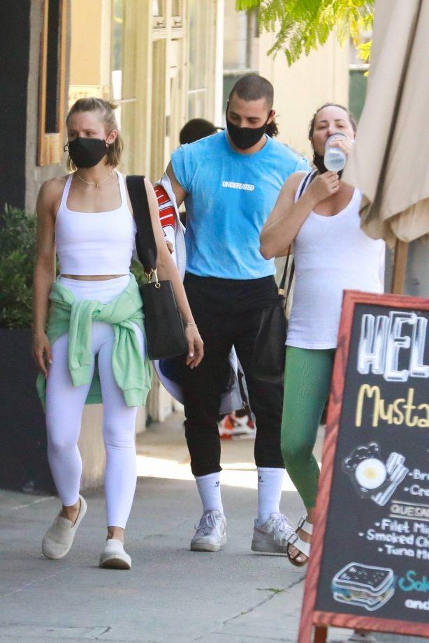 Kristen Bell - Seen leaving a workout in Los Feliz - California