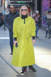 Kristen Bell - Wears bold neon green outfit while out in New York