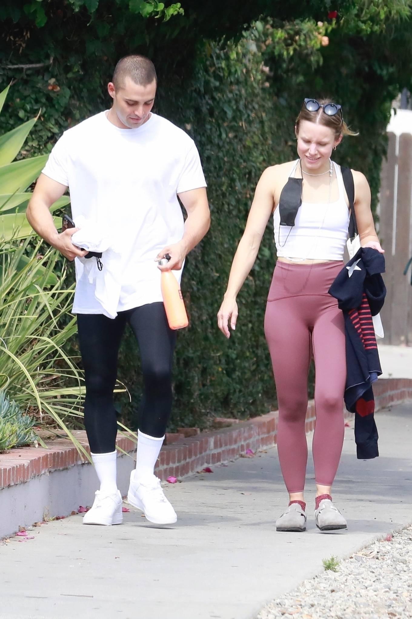 Kristen Bell 2021 : Kristen Bell – With Benjamin Levy Aguilar head to workout in Los Feliz-02