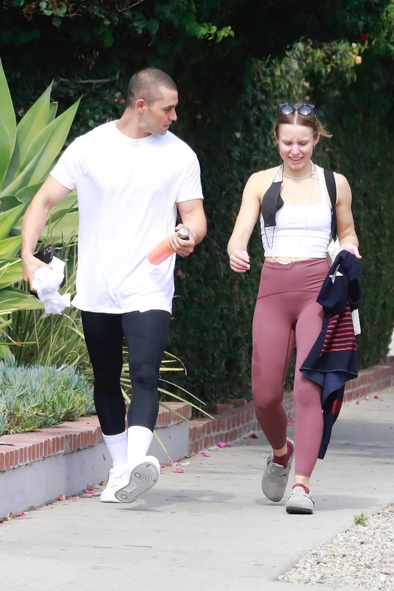 Kristen Bell 2021 : Kristen Bell – With Benjamin Levy Aguilar head to workout in Los Feliz-03