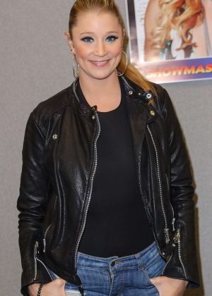 Kristen Renton at Comic Con London 2017