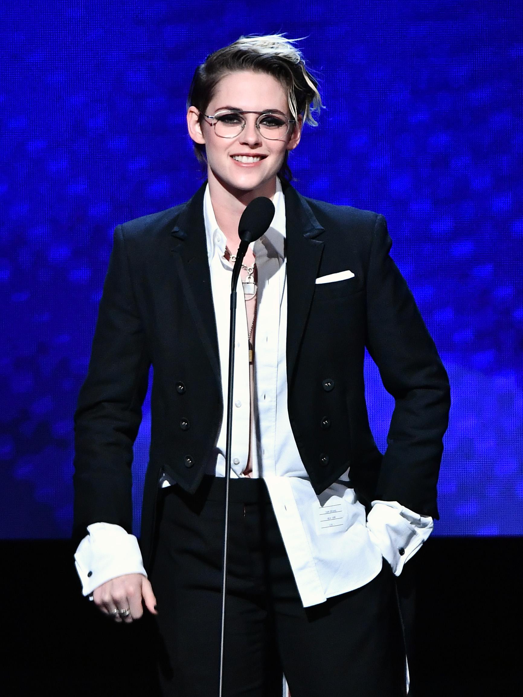 Kristen Stewart - 33rd American Cinematheque Award Presentation Honoring Charlize Theron in LA