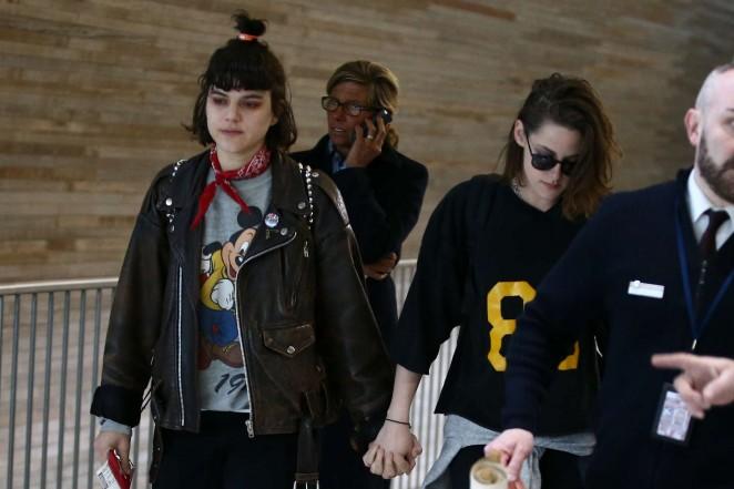 Kristen Stewart 2016 : Kristen Stewart and girlfriend SoKo at Charles de Gaulle Airport -05