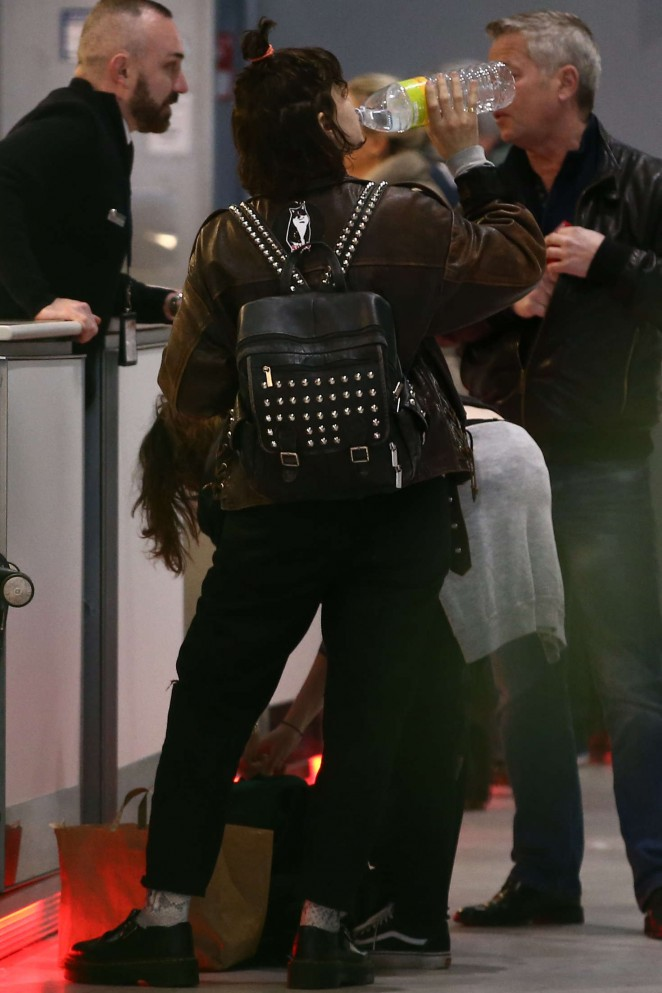 Kristen Stewart and girlfriend SoKo at Charles de Gaulle Airport -09