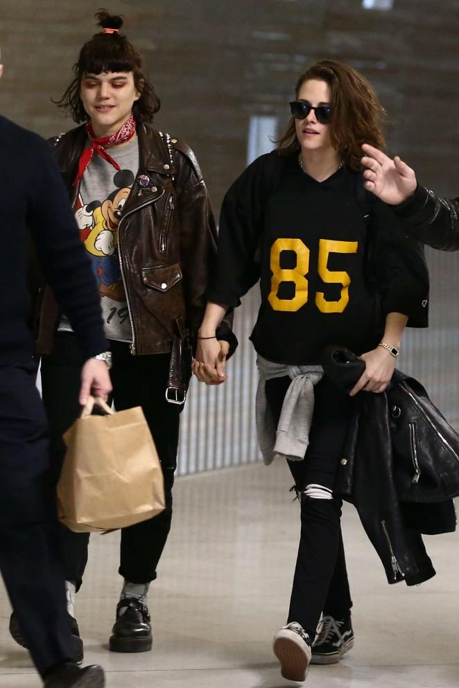 Kristen Stewart 2016 : Kristen Stewart and girlfriend SoKo at Charles de Gaulle Airport -11