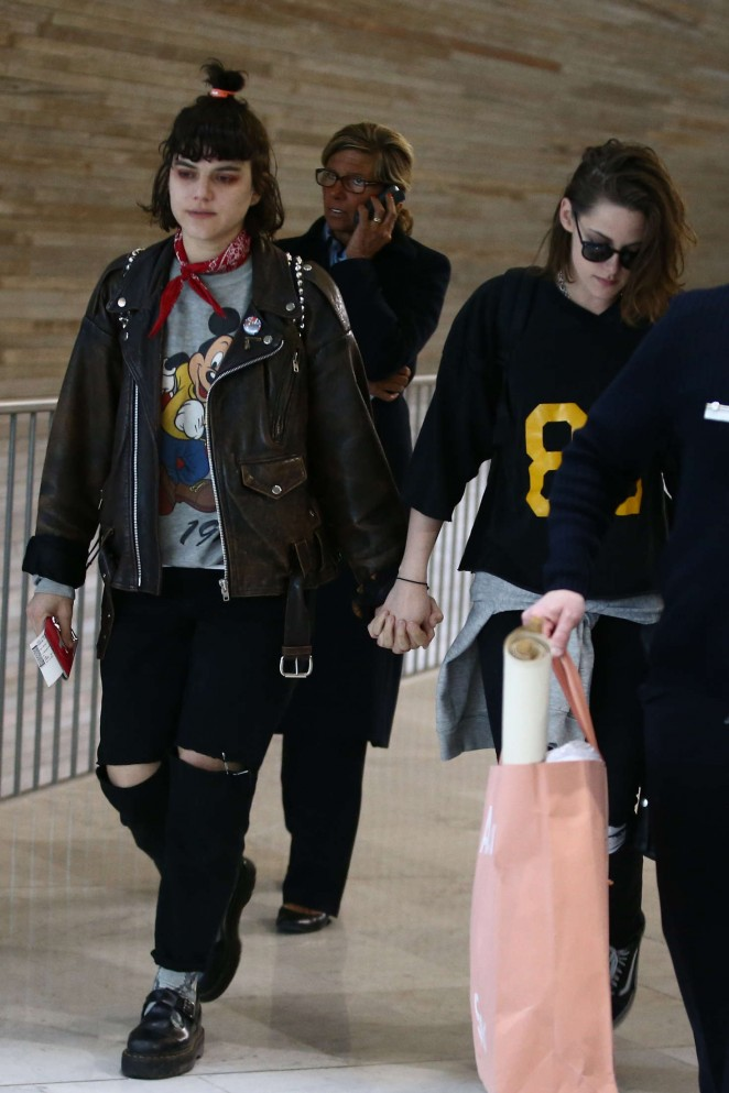 Kristen Stewart 2016 : Kristen Stewart and girlfriend SoKo at Charles de Gaulle Airport -15