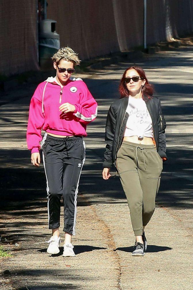 Kristen Stewart and Sara Dinkin: Out for a hike in Los Feliz -02