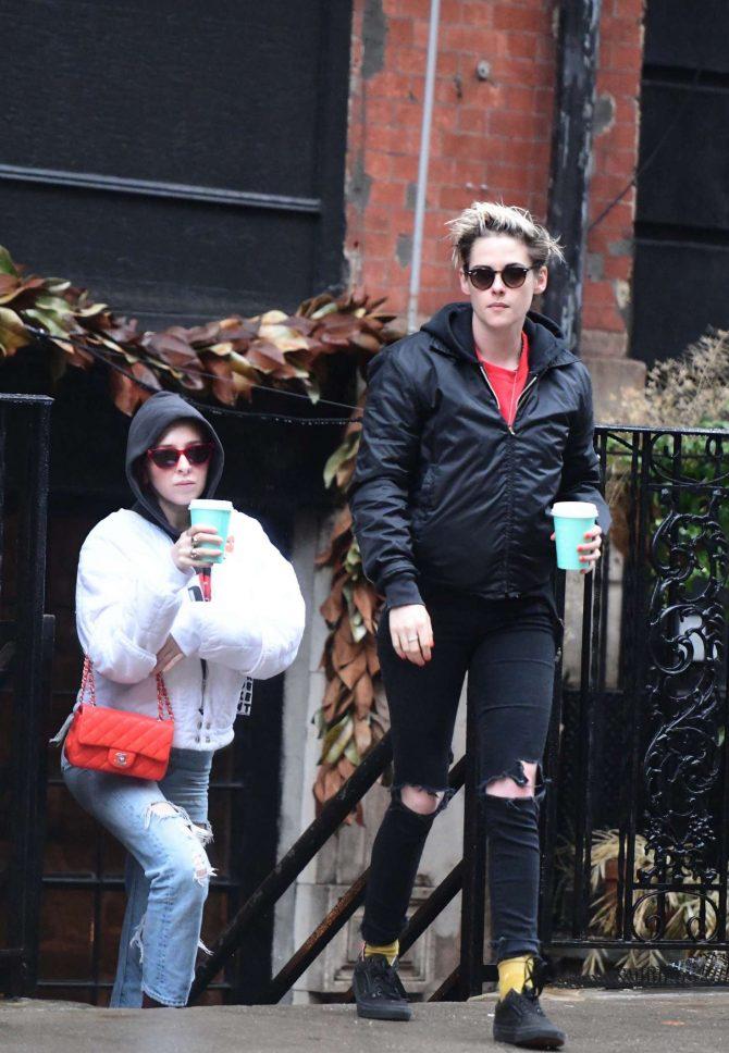 Kristen Stewart and Sara Dinkin: Out in the East Village -01