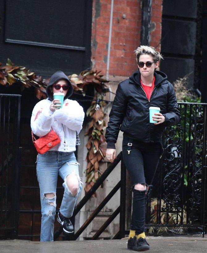 Kristen Stewart and Sara Dinkin: Out in the East Village -04