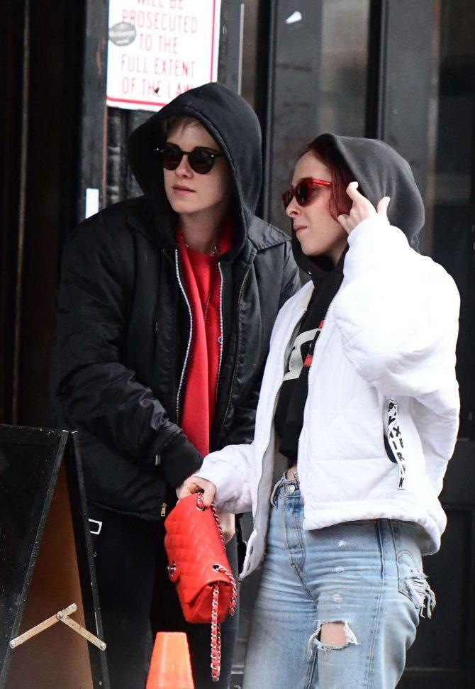 Kristen Stewart and Sara Dinkin: Out in the East Village -05