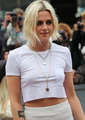 Kristen Stewart - Arrives at Palais des Festival in Cannes