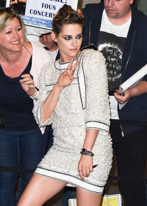 Kristen Stewart - Arrives at the Vanity Fair Party in Cannes
