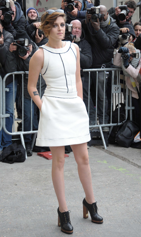Kristen Stewart Chanel Fashion Show 2015 19 Gotceleb