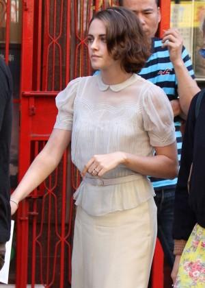 Kristen Stewart - Filming Woody Allen Film in NY