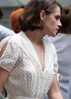 Kristen Stewart - Filming Woody Allen film in NYC