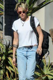 Kristen Stewart - In Denim Out in Los Angeles