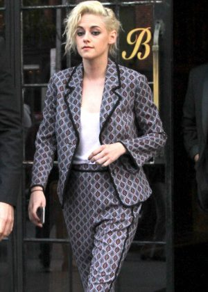 Kristen Stewart in grey suit out in New York City