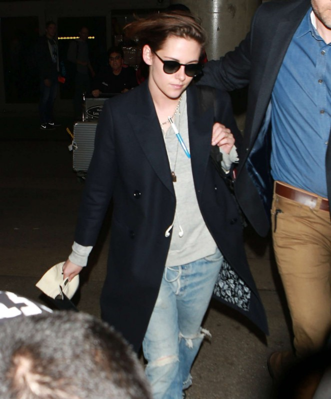 Kristen Stewart in Jeans Arrives at LAX Airport in LA