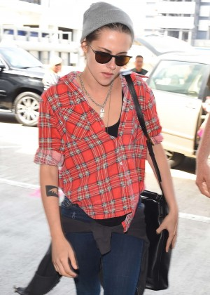 Kristen Stewart in Jeans at LAX Airport in Los Angeles