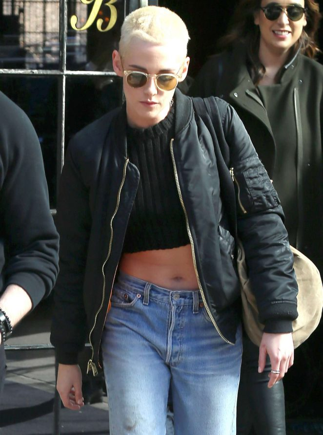 Kristen Stewart in Jeans Leaving her hotel in New York
