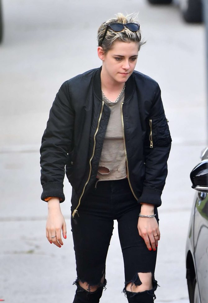 Kristen Stewart in Ripped Jeans – Out in Los Angeles