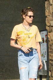Kristen Stewart in Ripped Jeans - Out in Los Feliz