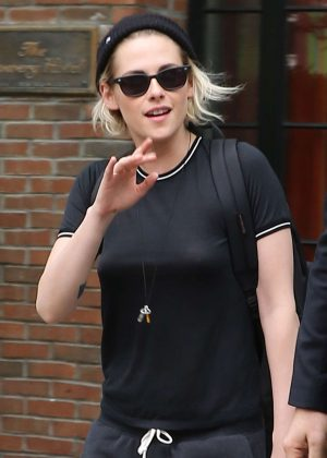 Kristen Stewart leaves her hotel in NYC
