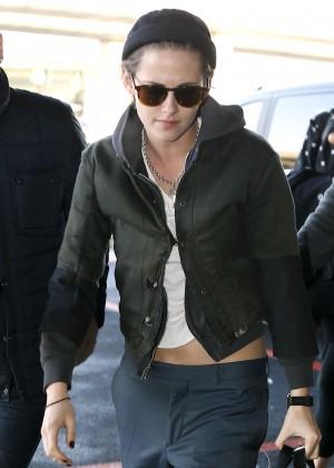 Kristen Stewart - Leaving Paris